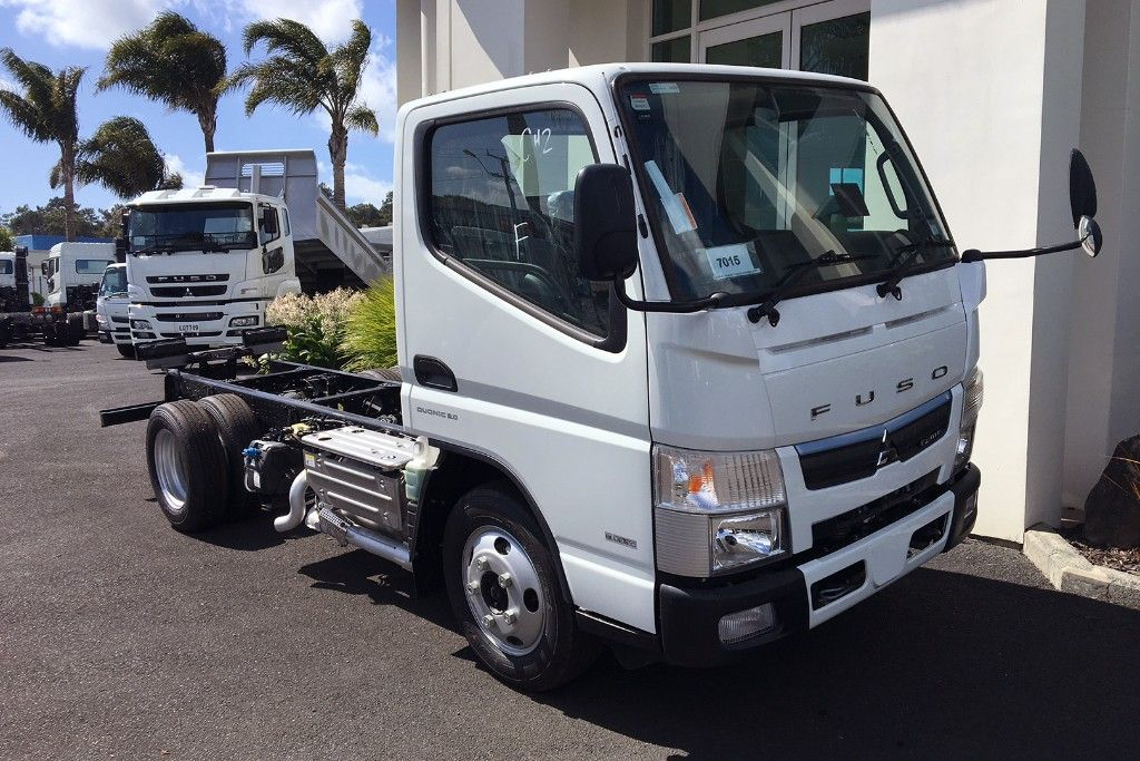 CANTER 616 AWD CITY CAB & CHASSIS 2018