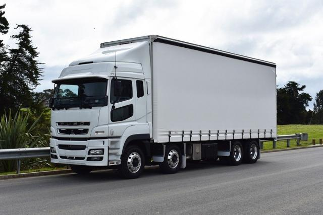 HD FS3147 HI-TOP CURTAINSIDER 2020